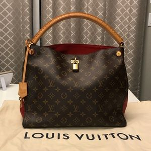 Louis Vuitton Gaia Noir Monogram